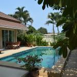 Qualitative and quiet pool villa