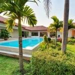 NEW: superb 5 bedrooms pool villa!
