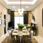Luxurious 2 bedroom unit conveniently accessible to the city
