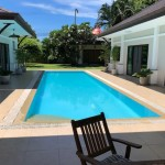 Big villa with 4 bedrooms and 2 bungalows