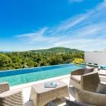 luxury 3 bedroom house facing stunning seaviews, 5 min to FisherMan